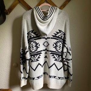 oversized b & w geometric cardi sweater